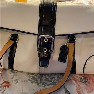 🌸Coach Front Flap Bag